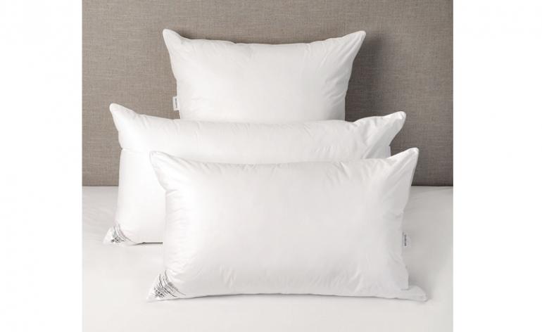 The White Company Memory Microfibre Pillow review
