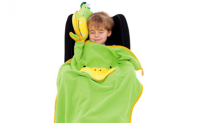 Review of the Trunki Snoozihedz Travel Pillow Blanket review